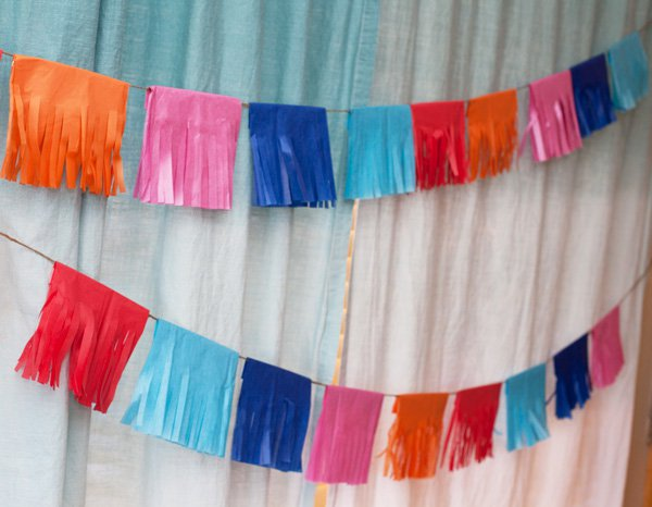 DIY-tissue-fringe-garland